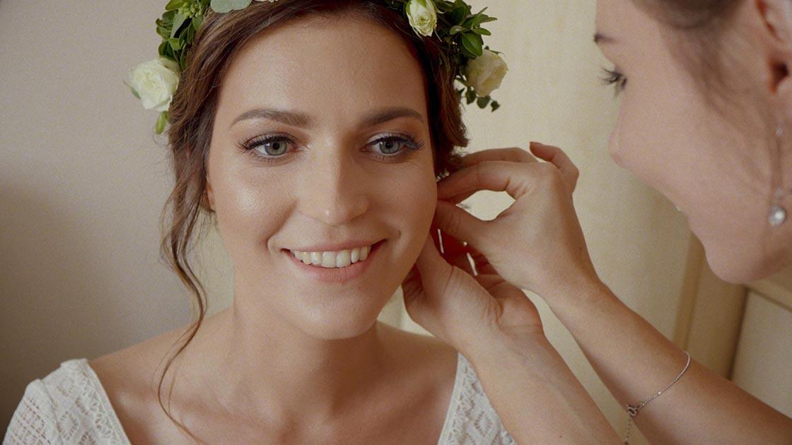 Jak pięknie wyglądać na filmie ślubnym - Poradnik -foto 1